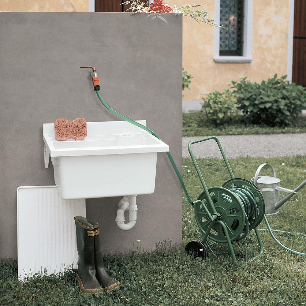 Wall - Rubinetti da giardino di design ...